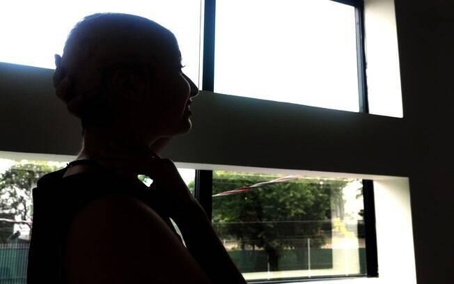 Débora Stefanny expõe couro cabeludo