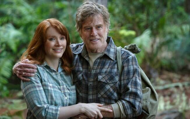 Robert Redford e Bryce Dallas Howard em cena do filme
