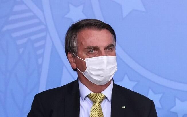 Propina por vacinas? Entenda as 2 denúncias em negociação de doses pelo governo Bolsonaro