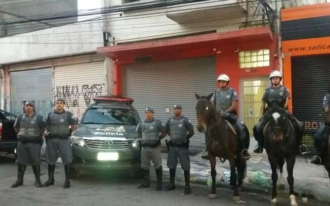 Patrulha da Cavalaria da PM iniciou os trabalhos na Praça Princesa Isabel logo pela manhã deste domingo