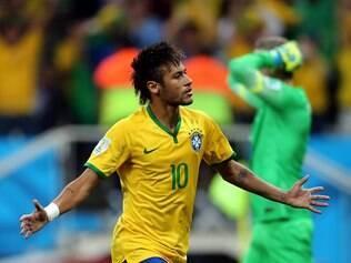 Neymar fez o gol de empate e também o da virada na estreia da seleção na Copa do Mundo