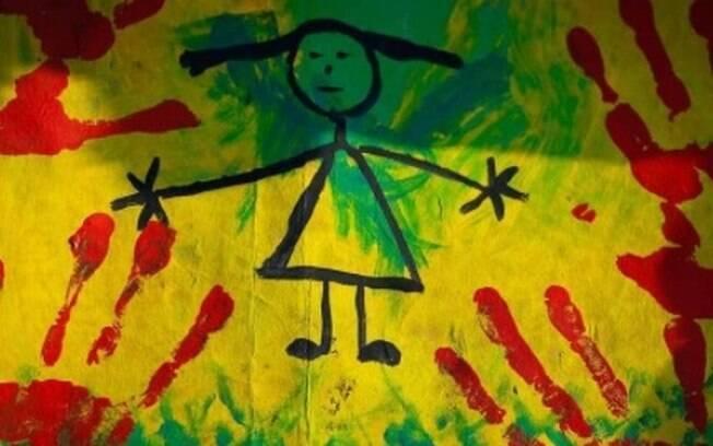 Cartas de ato contra violência infantil na Praça dos Três Poderes