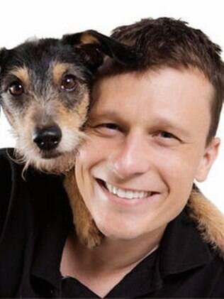Alexandre Rossi e sua filhota Estopinha terão colunas no Canal do Pet