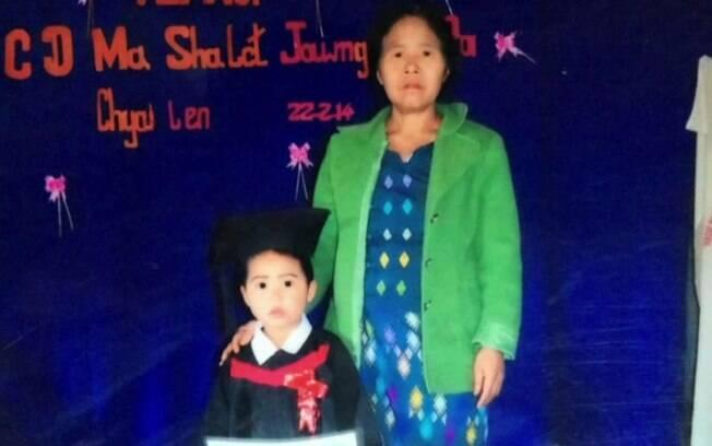 Criança era criada pela avó após ter sido abandonada pela mãe, usuária de drogas