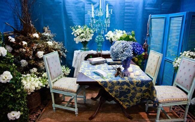 Na decoração, a tendência é a combinação de branco e azul