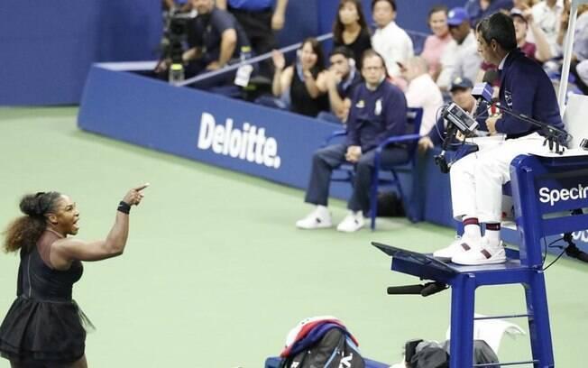 Serena Williams foi acusada de trapacear pelo árbitro da partida