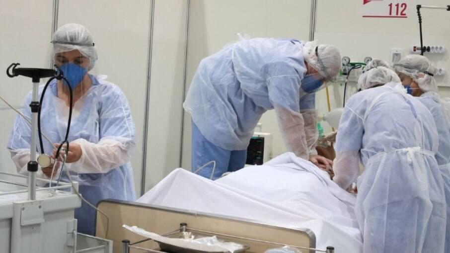 Bloqueadores de interleucina-6 são indicados para casos graves
