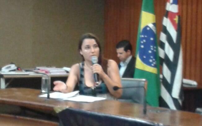 Estudante contou aos deputados que acordou com o agressor a penetrando por trás (14.01.15). Foto: Ana Flávia Oliveira/iG São Paulo