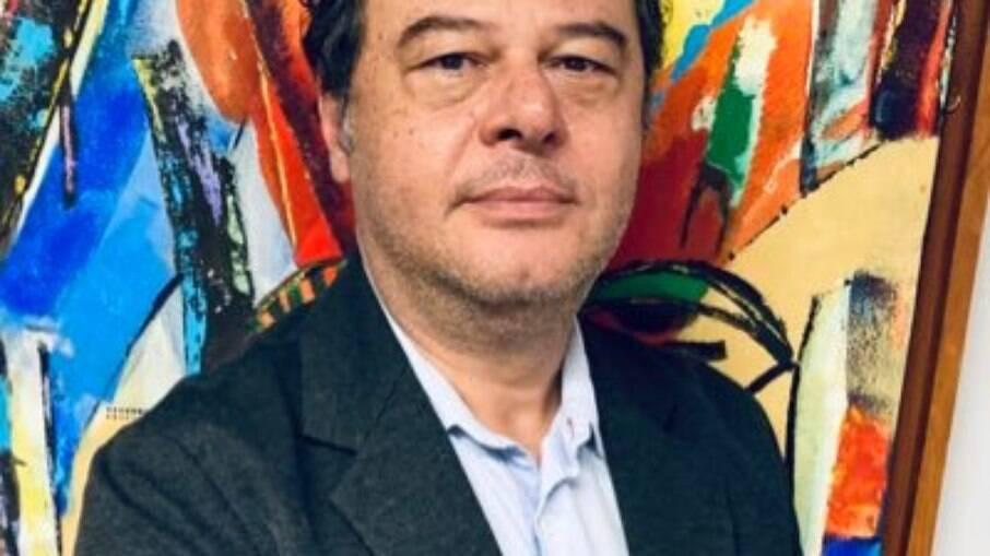 Diretor da Fundação Palmares insinua que não cumprirá decisão sobre Camargo