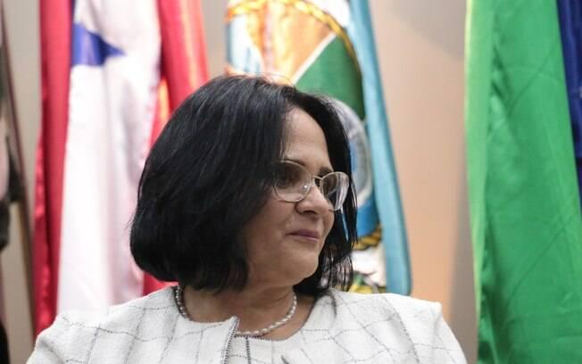 Damares Alves se uniu à Frente Parlamentar em Defesa do Homeschooling, da Câmara dos Deputados