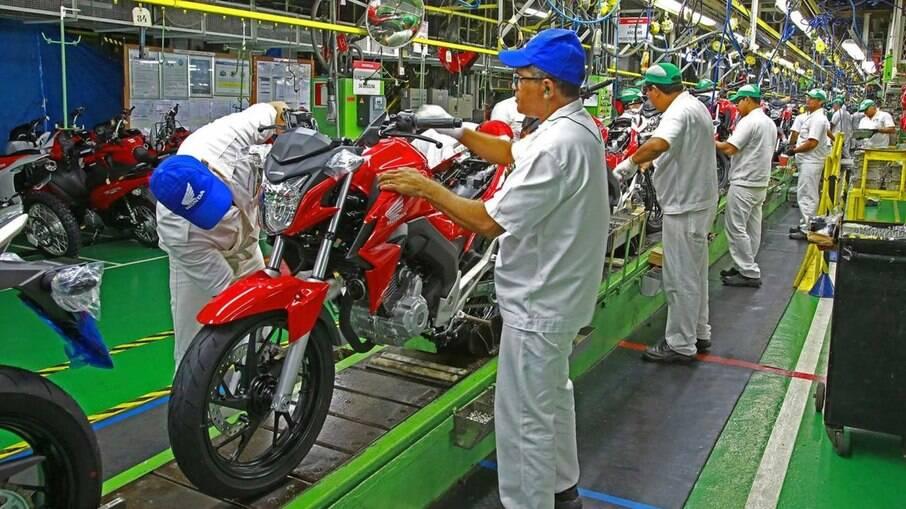 Executivo irá acumular também o comando das divisões de carros e motos da Honda no Brasil