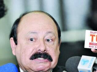 Apoio do polêmico Levy Fidelix pode prejudicar presidenciável