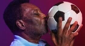 Nova exposição do Museu Pelé tem fotos raras do ídolo
