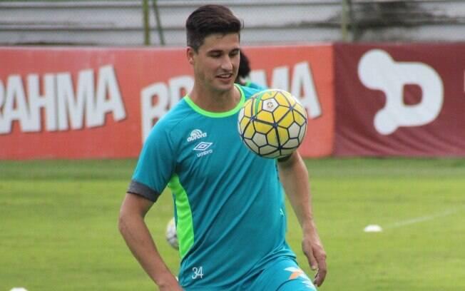 Zagueiro Filipe Machado, revelado pelo Inter, foi velado na Arena do Grêmio