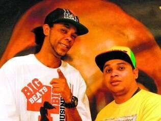 """Moda. Júnio, conhecido como """"Rap Blitz"""", e Pedrinho dizem que ter empresa formal facilita crédito"""