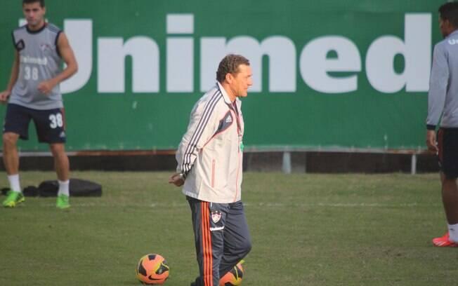 Vanderlei Luxemburgo já comandou seu primeiro  treino pelo Fluminense nesta terça-feira (29/7)