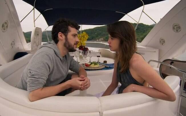 Giovanni e Camila conseguem se entender em Haja Coração