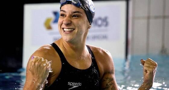 """Nadadora é chamada de """"vagabunda petista"""""""