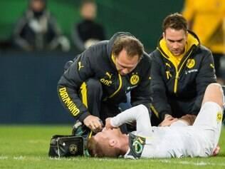 Reus sofreu com muitas dores e deixou campo aos 25 minutos do primeiro tempo
