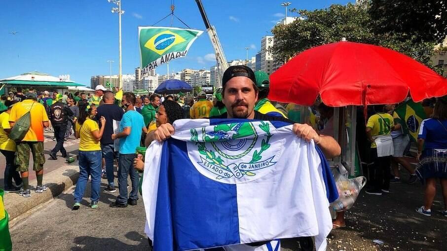Thiago Gagliasso em manifestação pró-Bolsonaro