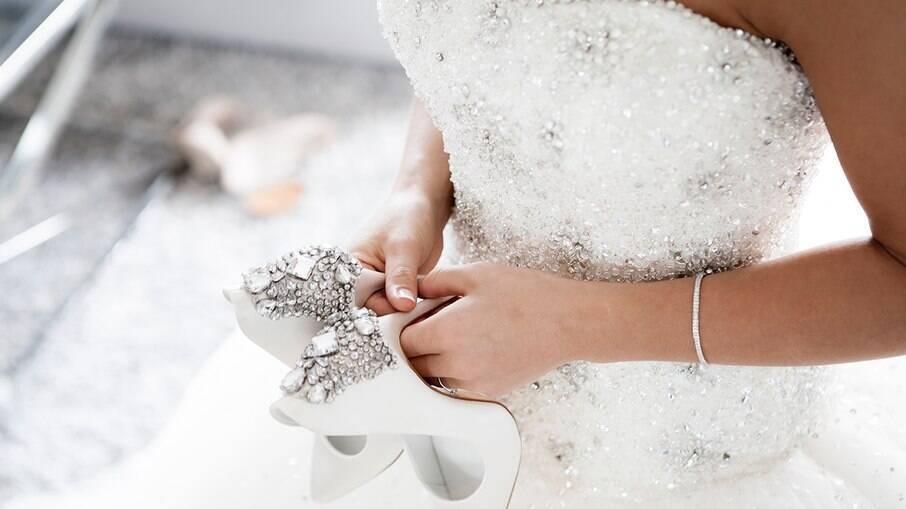 Noiva cancela casamento após amigos se recusarem a doar dinheiro para a cerimônia