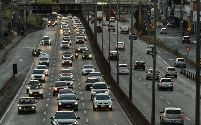 Projeto de Lei prevê mudanças nas regras de pontuação da Carteira Nacional de Trânsito. o que depende da sanção de Bolsonaro