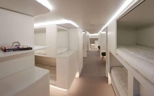 Os módulos com os espaços de convivência são intercambiáveis e podem ser customizados para cada avião