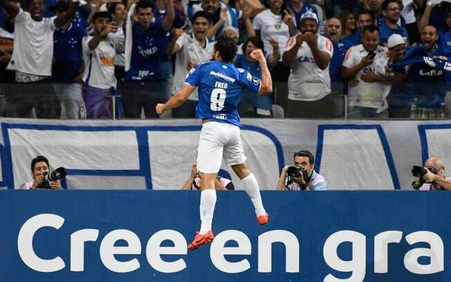 Fred fez 3 no jogo do Cruzeiro e colocou equipe na próxima fase da Libertadores