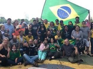 Eduardo Bolsonaro acampamentos