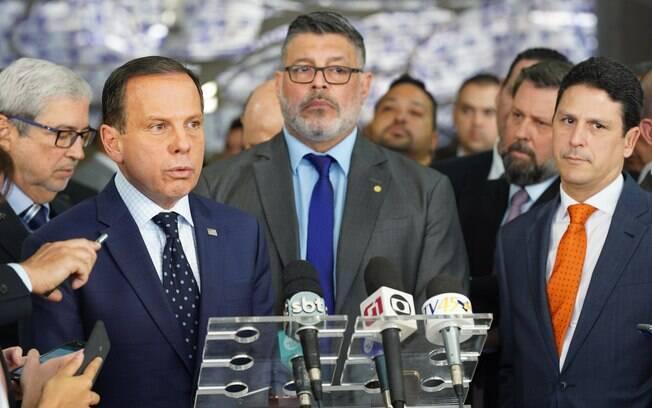 João Doria, Alexandre Frota e Bruno Araújo após apresentação do ex-PSL à bancada do PSDB