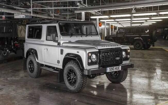 Enquanto a nova geração do Land Rover Defender não chega, eis uma imagem do último modelo feito no ano passado.