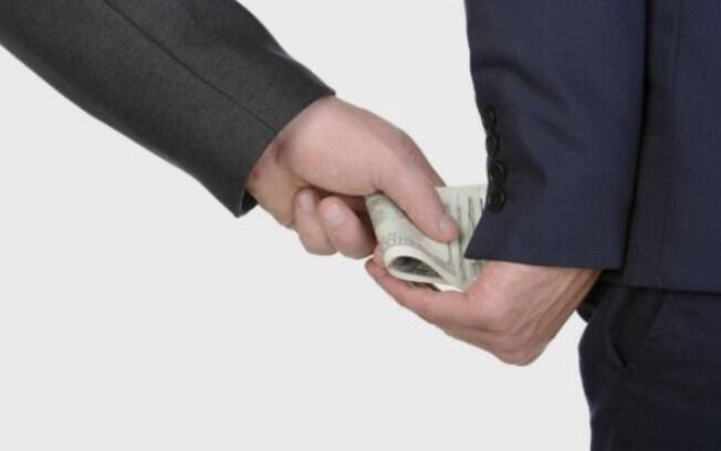 Brasil é o 106º colocado no ranking mundial de percepção da corrupção