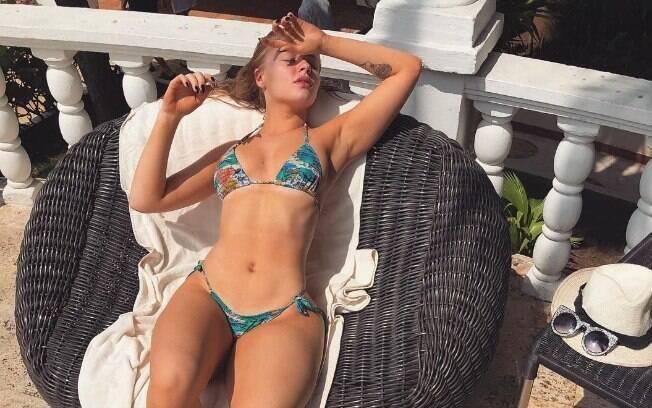 Luísa Sonza é um fenômeno na internet, sua sensualidade natural e seu talento chamam atenção
