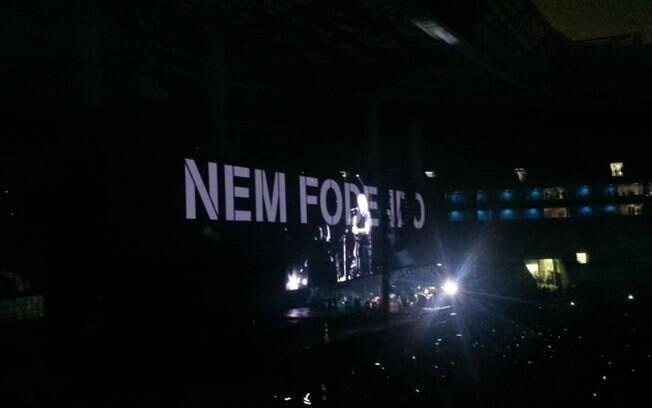 Telão já no fim do show de Roger Waters
