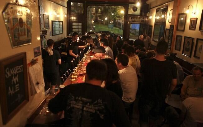 Bar Southampton Arms reúne amantes da cerveja