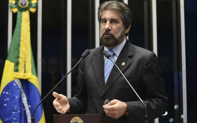 Relator da Lava Jato libera denúncia contra Valdir Raupp para julgamento no STF