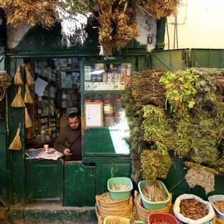 Tunisianos estão ávidos para começar a encher restaurantes e hotéis novamente