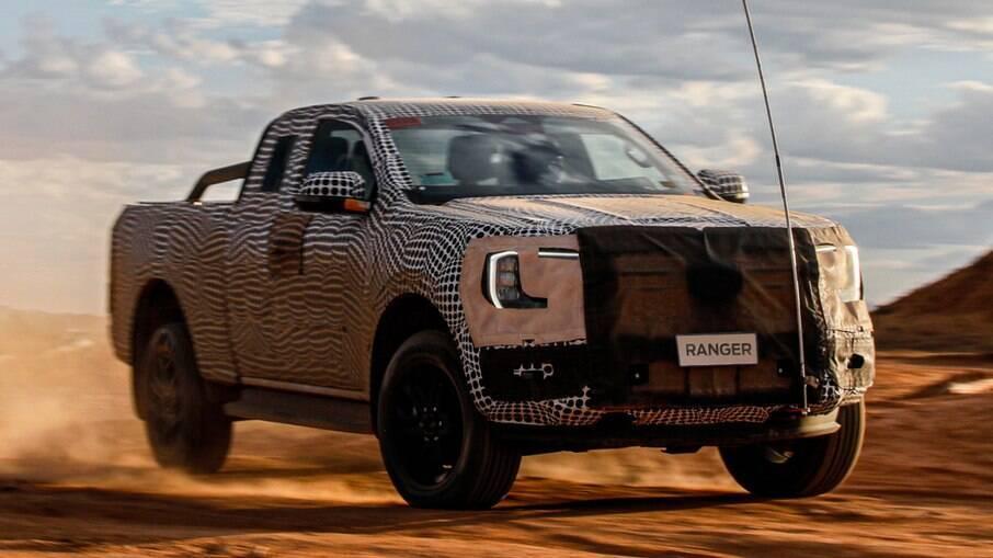 Ford Ranger 2023 está prestes a ser lançada e já aparece em testes finais.