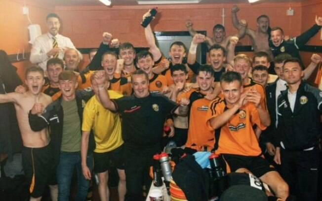 Festa do Fort William FC, time que disputa as divisões inferiores da Escócia