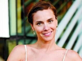 Carol vive um drama inédito na sua carreira, em nova produção da Rede Globo