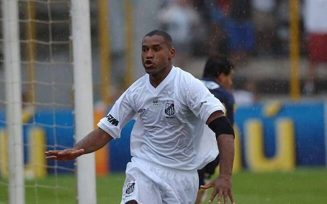 Nem Corinthians e nem Palmeiras. Viola fez 21 gols em 1998 e foi artilheiro do Brasileirão pelo Santos