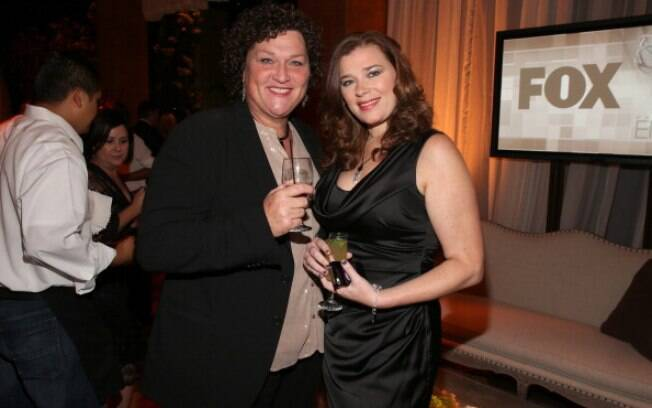 Dot-Marie Jones e Bridgett Casteen casaram-se em Los Angeles na noite desse sábado (21)