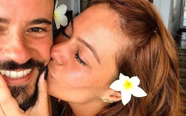 Amanda Beraldi e Paulinho Vilhena curtem relação amorosa forte