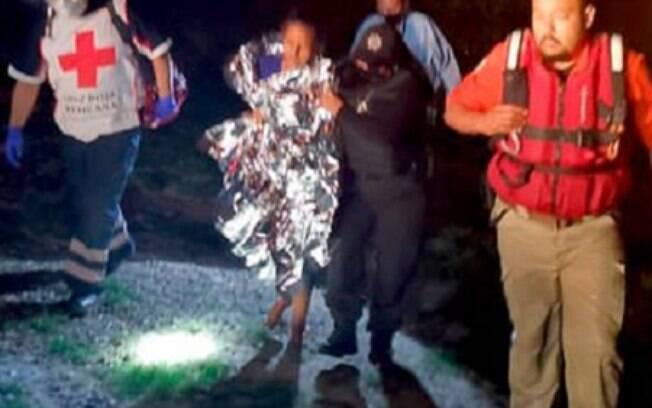 Mulher grávida 8 meses resgate