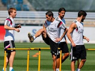 Di Maria treinou com seus companheiros no último sábado, mas esteve ausente no domingo