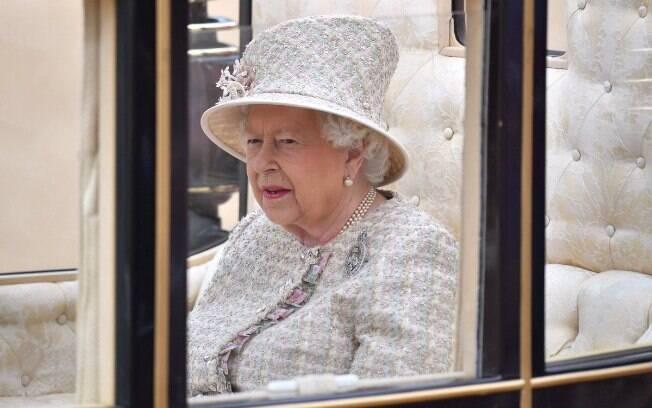 Elizabeth II é a única Chefe de Estado britânica a completar o Jubileu de Safira, que marcou seus 65 anos no trono