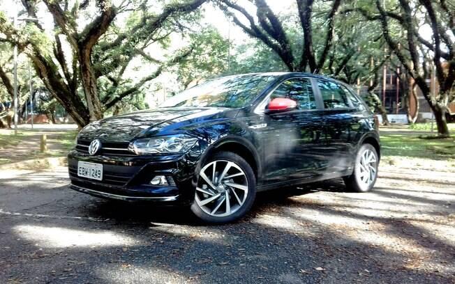 VW Polo Beats pode vir com retrovisores pintados de vermelho e rodas de aro 17 oferecidas como opcional