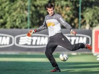 Victor não quer saber de salto alto frente ao combalido Palmeiras