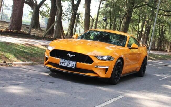 Ford Mustang é uma unanimidade entre os clássicos do futuro e que tem um passado icônico no mundo do automóvel