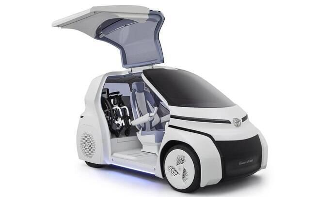 Toyota i-Ride é solução para pessoas que usam cadeira de rodas no Salão do Automóvel 2018, em São Paulo